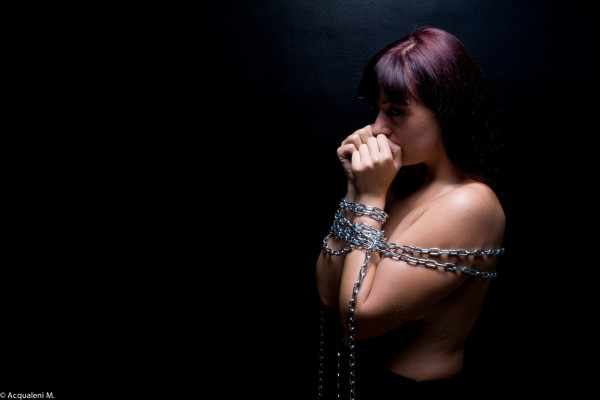 Featured Image Sat in Chains