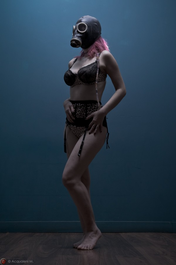 Featured Image Dark Pin Up
