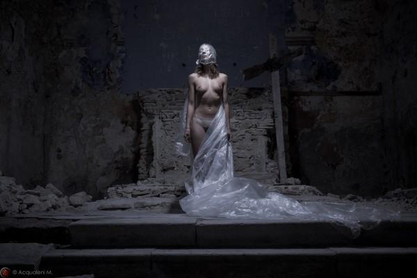 Featured Image La Dame de la Chapelle
