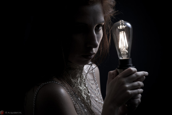 Featured Image Dark Light