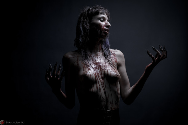 "Featured Image salomé ""blood"""
