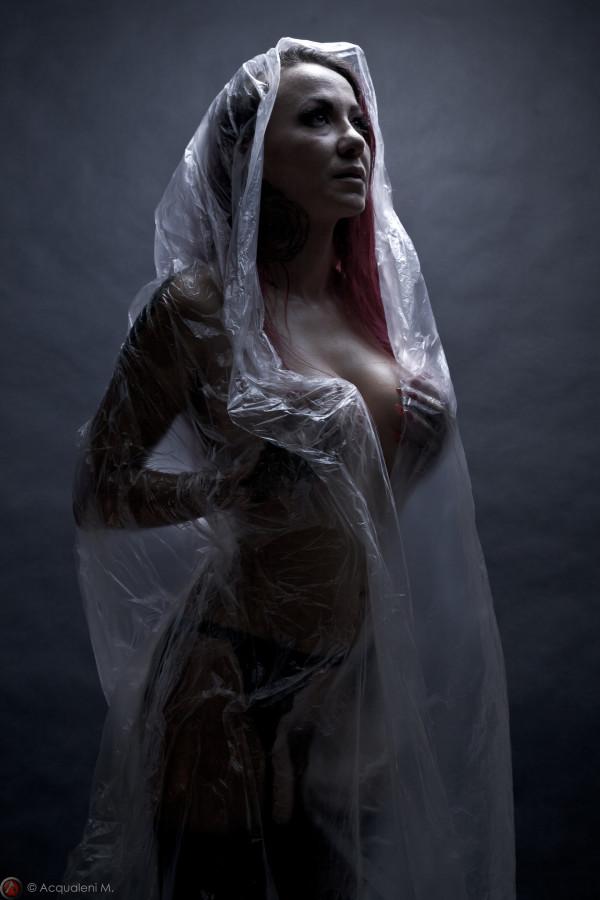 Featured Image Julie Amazone