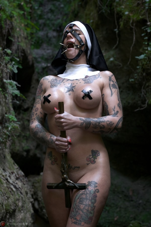 Featured Image Sister Marine