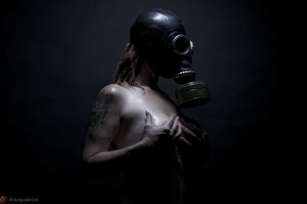 Featured Image Gaz Mask